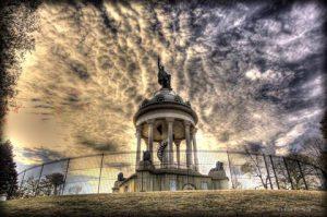 Das Hermann Hights Monument in den USA – Hermanns kleiner Bruder – feiert am 25. September seinen 120. Geburtstag